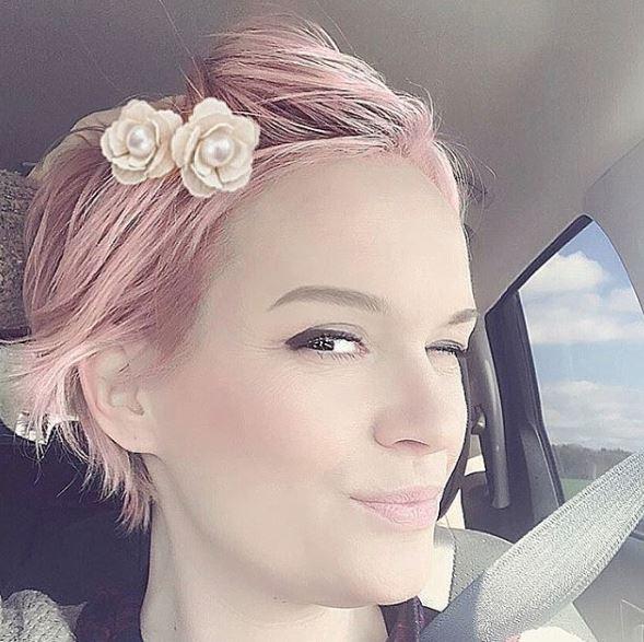 13x Pink Ladies! Super Super Cool! Pink Pixie Hairstyles ...